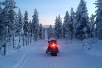 4 hours snowmobile safari to the fells + lunch