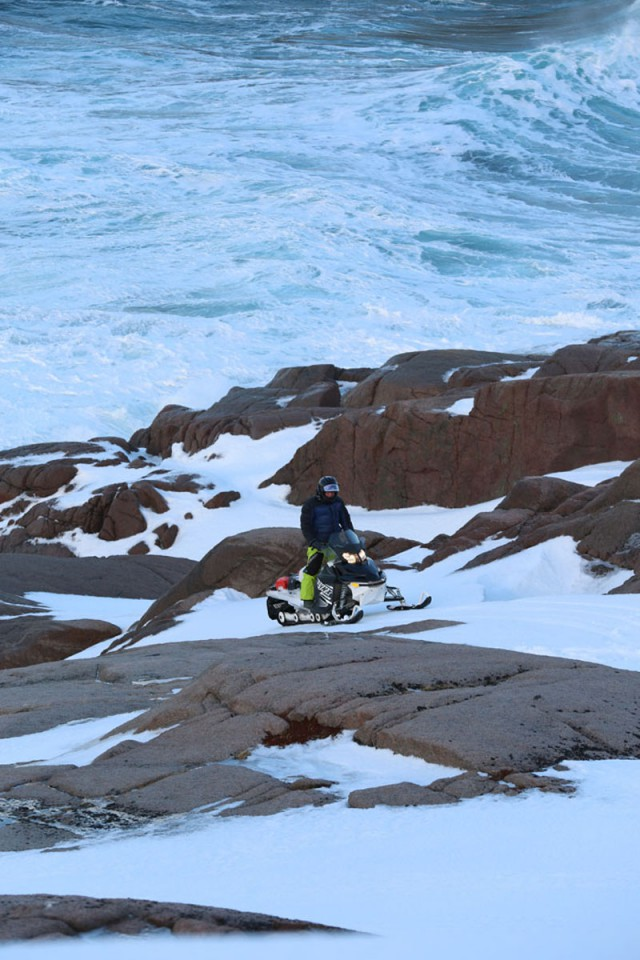 Arctic ocean experience - snowmobile expedition to Norway
