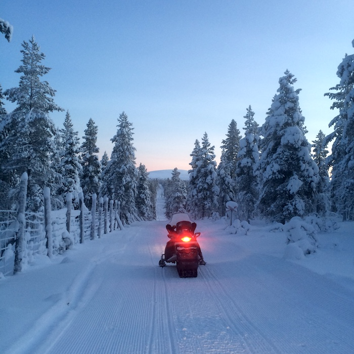 Snowmobiles tours in Saariselka